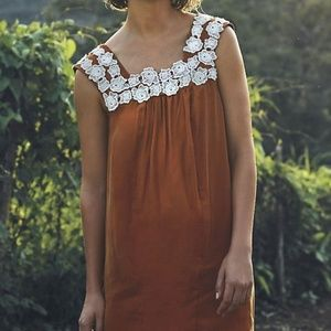 ANTHROPOLOGIE Rosette Lace Shift